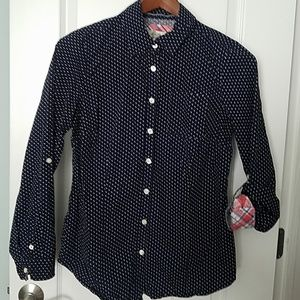 Super cute button down Navy shirt Medium